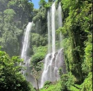 Semkupul waterval Bali