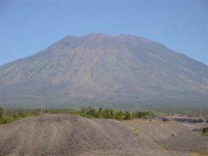 Mount Agung 3142 meter hoog