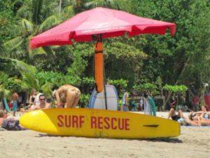 Strand badmeester op Bali